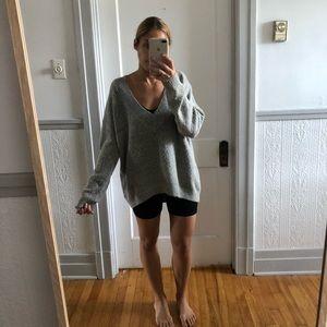 Big V sweater